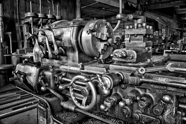 Hq Old Machinery Parts : Machine shop huge lathe