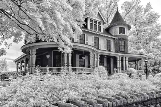 infrared-strasburg-mansion3