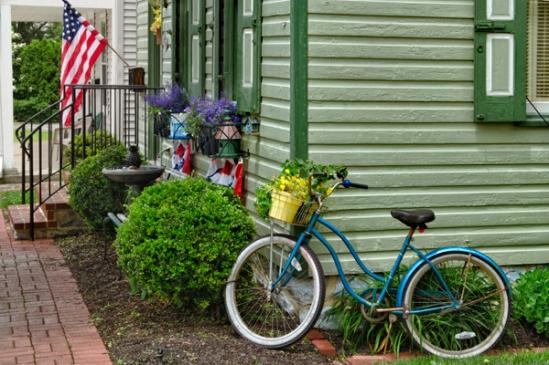 americana-porch-scene