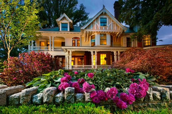 strasburg-mansion-flowers1