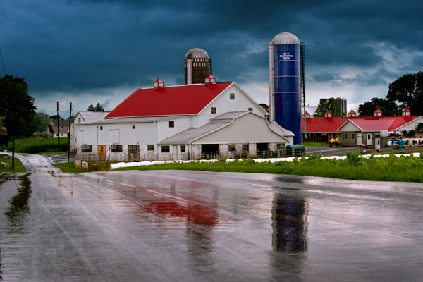 amish-red-roof5