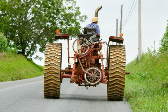 amish-tractor-scooter