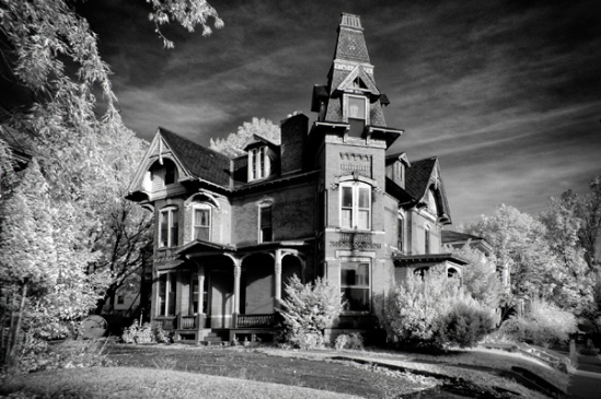 infrared-victorian-home