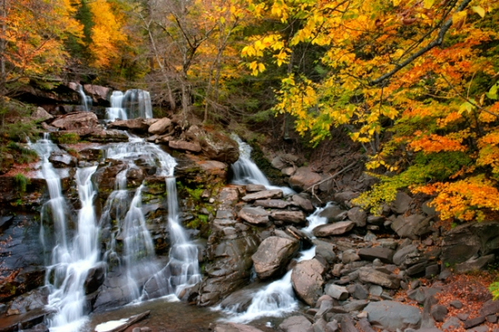 lower-kaaterskill-falls