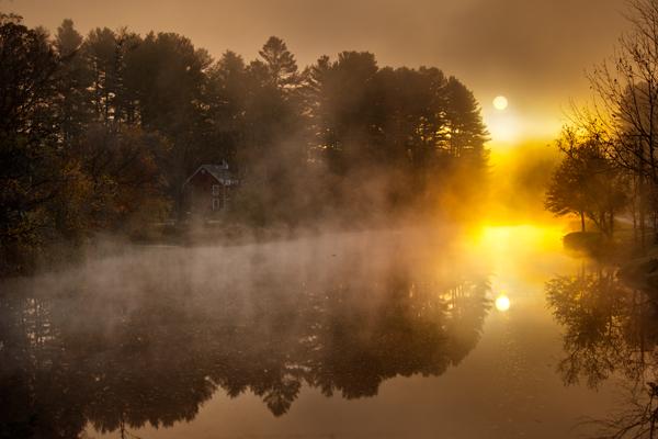 vermont-foggy-lake