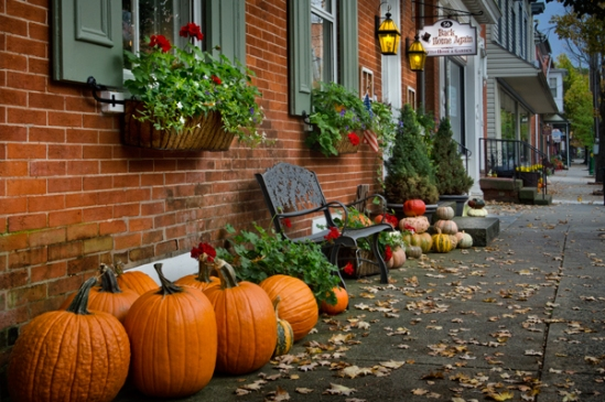 lititz-downtown-pumpkins
