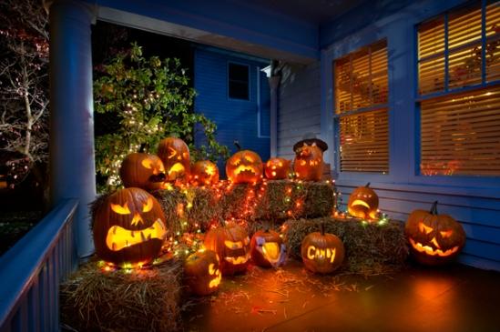 lititz-pumpkin-porch