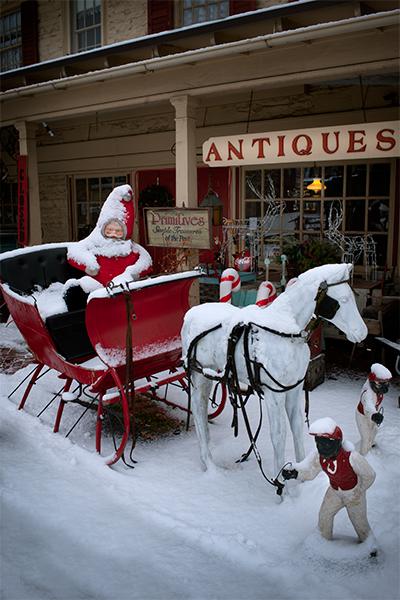 antique-santa-sleigh