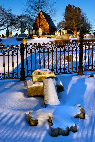lancaster-cemetery-snowscene3