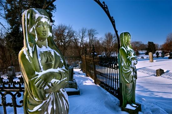 lancaster-cemetery-snowscene4