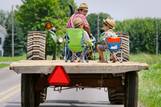 mennonite-tractor-chairs