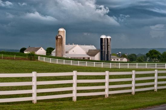 storm-near-intercourse-farm