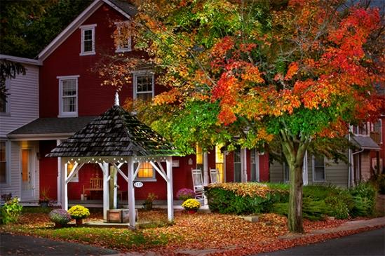 main-st-autumn