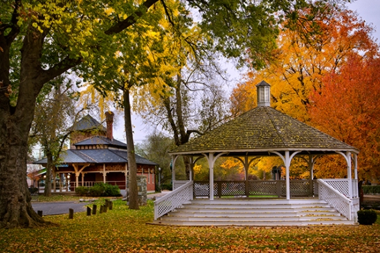 lititz-park-autumn