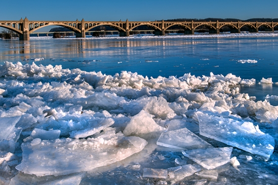 columbia-river-ice3