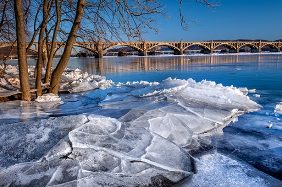 columbia-river-ice4