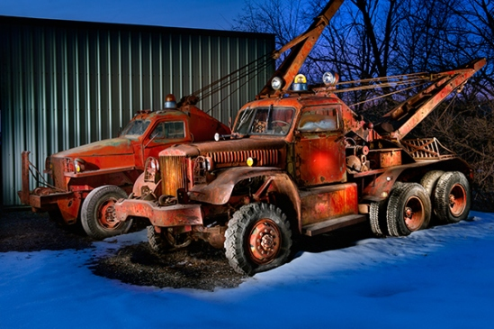 old-red-towtrucks