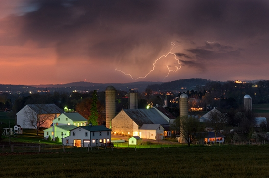 farm-and-lightning