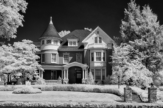 leola-funeral-home-infrared