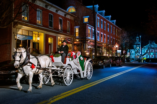 lititz-santa-carriage