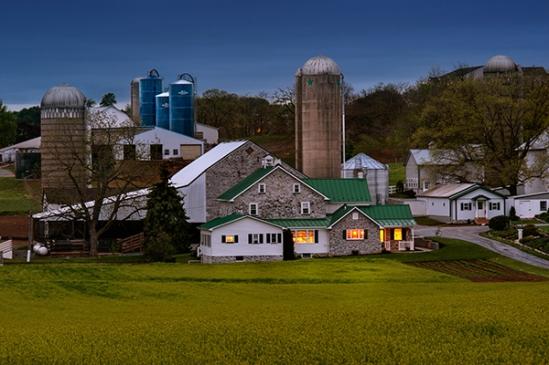 farmersville-dusk-farm