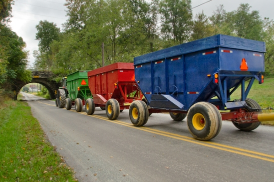 amish-color-wagon3