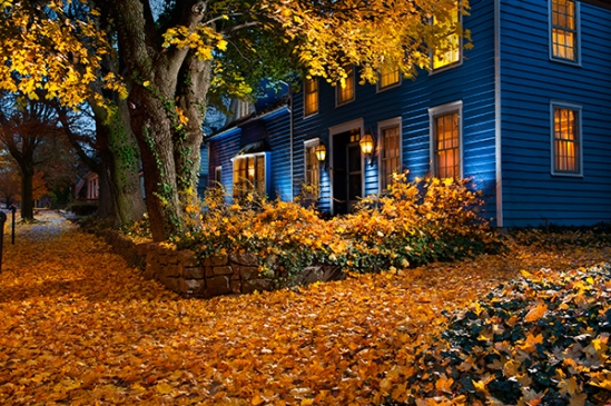 ephrata-blue-house-autumn