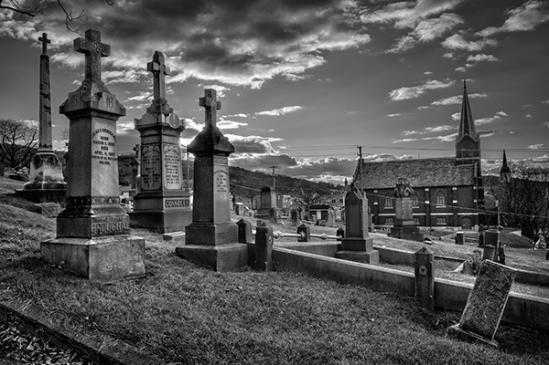 bethlehem-cemetery-crosses