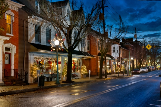 lititz-main-street-december